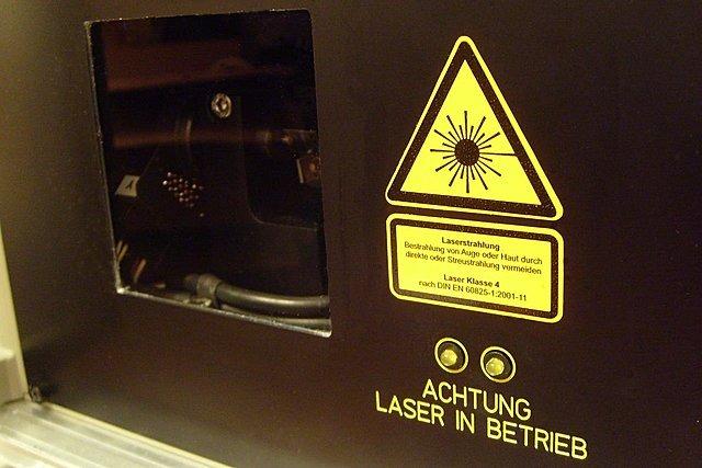 laser 01 |